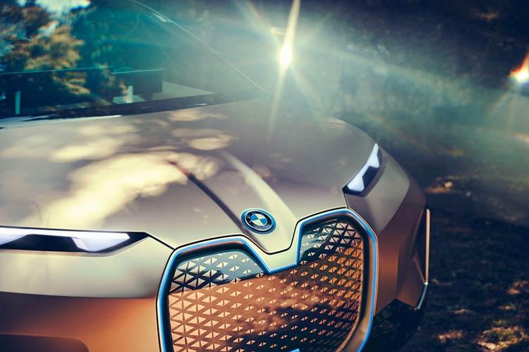 frente-bmw-vision-inext-suv-eletrico-conceito
