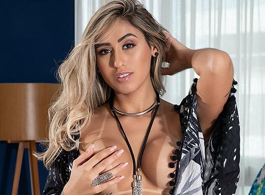 Yasmin Luz